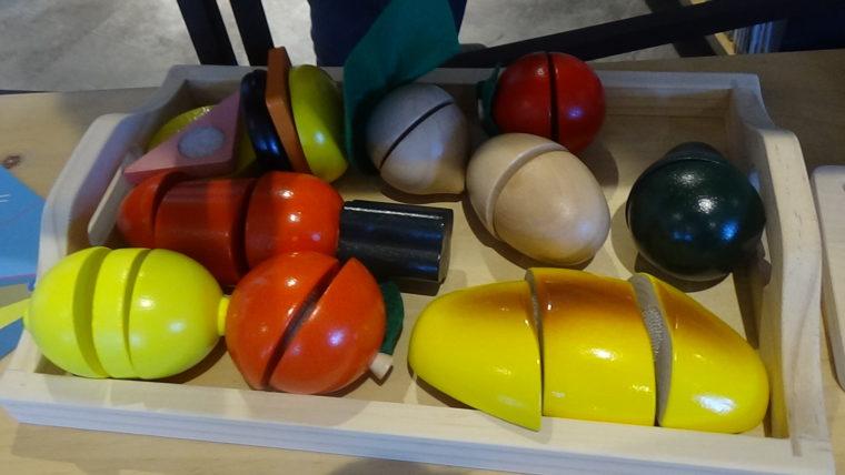 三和製作所トライアングル・ラボ・01が主催する「ハートブリッヂガーデン」のプレオープンイベントで見かけた療育・教育関連の教材(絵本・玩具など)その5